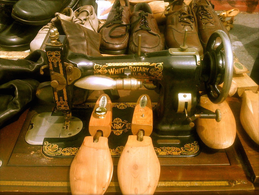 Cobbler's Gear (Flea Market Americana Series), Spring 2011.